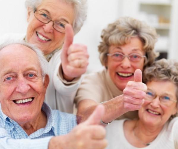 W większych miastach powstaje coraz więcej domów dziennego pobytu dla osób z chorobą Alzheimera/ fot. Fotolia